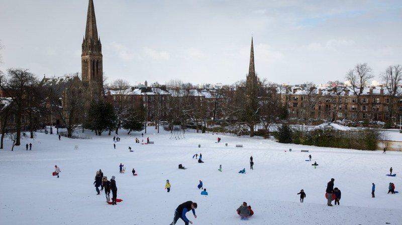 Météo: l'Irlande et la Grande-Bretagne frappées de plein fouet par le froid et la neige