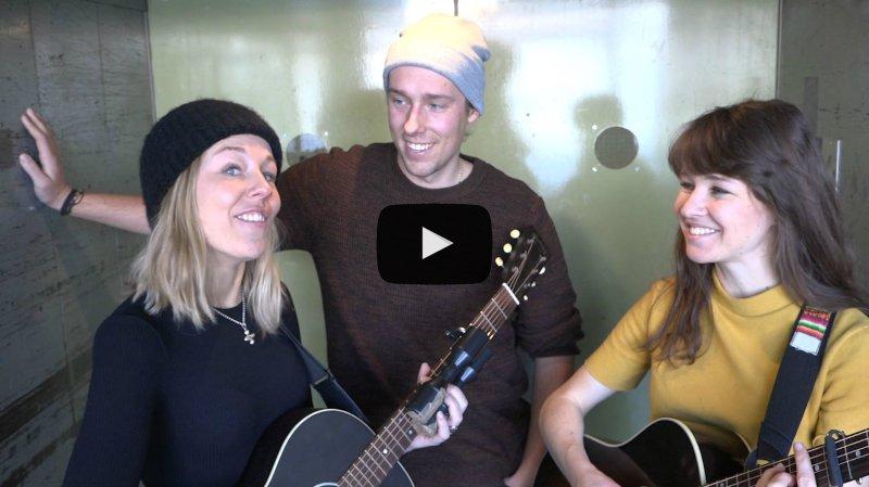 """Wintershome, le groupe pop folk de Zermatt, passe par la """"Monte-Charge Session"""" du Nouvelliste avec son single """"Up to You"""""""