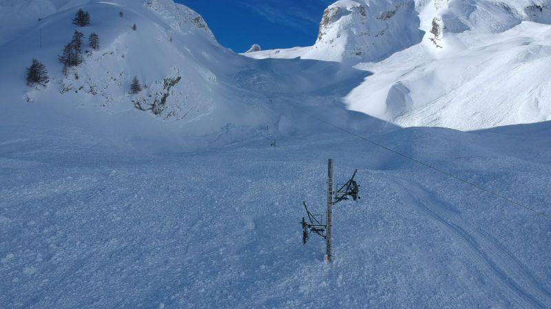 Ovronnaz: le téléski de Tsantonnaire ravagé par des avalanches