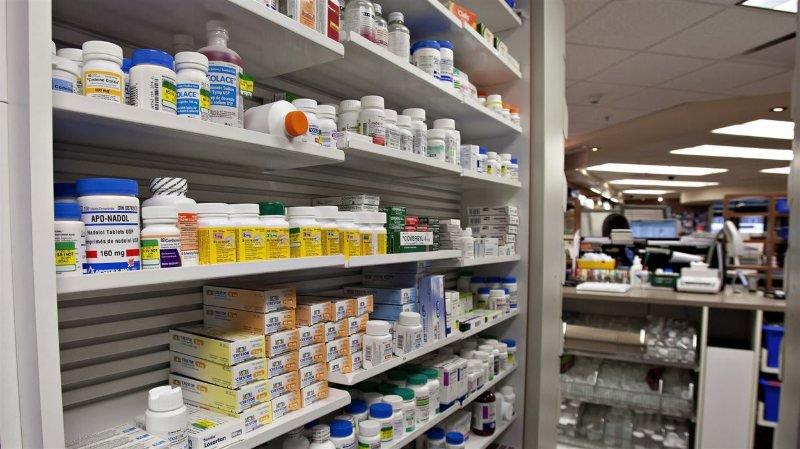 Les pharmacies valaisannes doivent vendre 400 médicaments moins cher sur ordre de l'OFSP