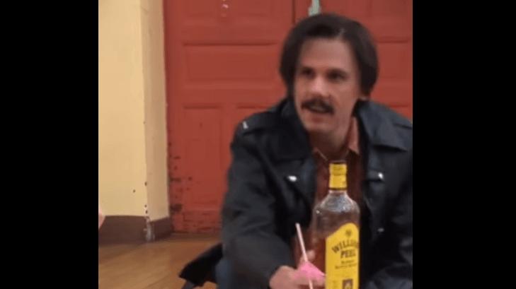 Musique: Orelsan agite la toile avec un nouveau clip où il interprète 27 rôles