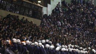 Football: Olympiakos perd trois points à cause de ses supporters