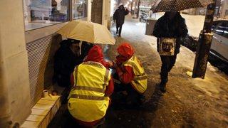 Paris: près de 3000 sans-abris, selon un recensement inédit