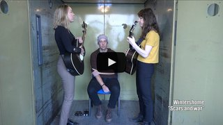 """Wintershome, le groupe pop folk de Zermatt, passe par la """"Monte-Charge Session"""" du Nouvelliste avec son titre """"Scars and War"""""""