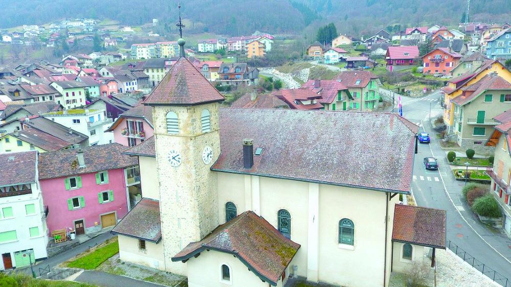 L'association du Patrimoine de Saint-Gingolph cherche 38000francs afin de doter l'église franco-suisse d'un carillon.