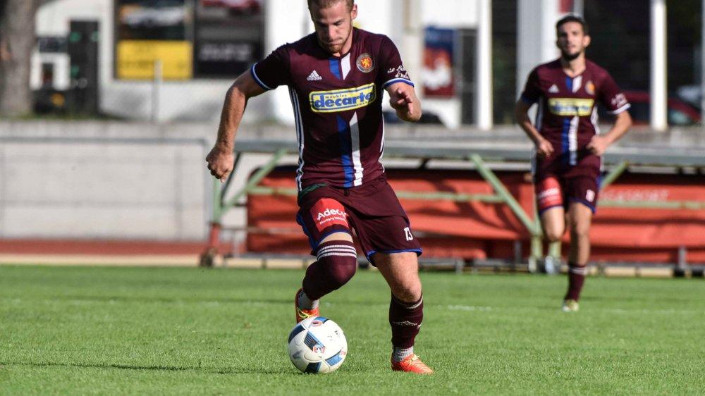 Thibault Constantin a inscrit les deux buts du FC Martigny, le dernier à trois minutes de la fin du temps  réglementaire.