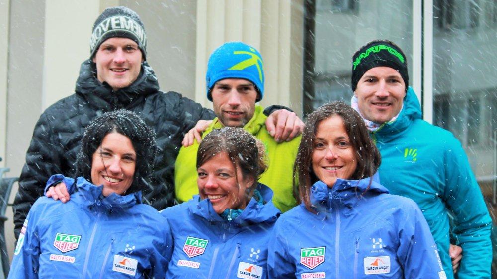 Les vainqueurs. Devant, de gauche à droite: Anne Favre, Vanja Kistler et Emily Vaudan. Derrière: Steven Girard, Vincent Mabboux et Marcel Theux.