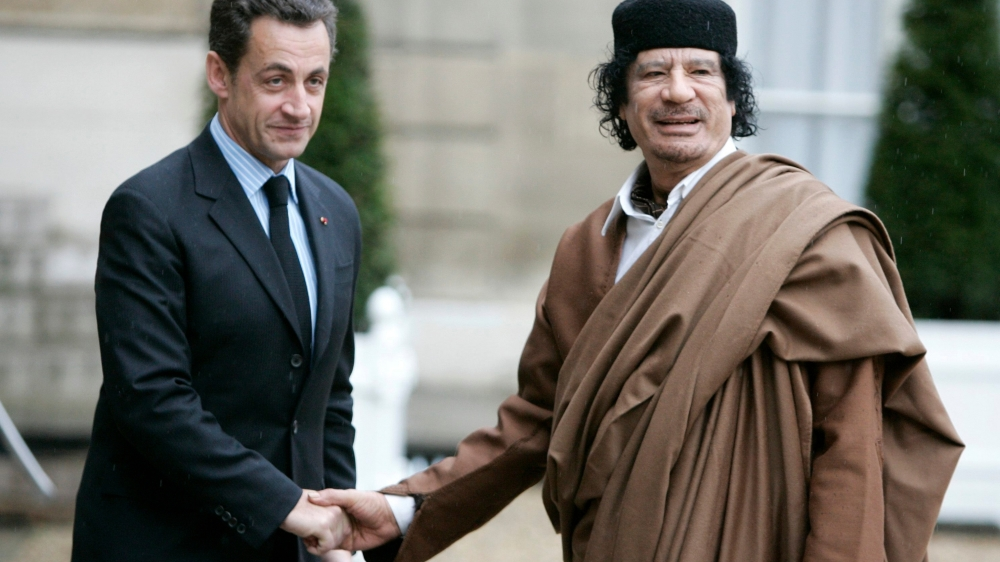 Une note officielle des services secrets libyens, datant de décembre2006, évoquait un accord de principe pour le versement par la Libye, alors dirigée par le colonel Kadhafi, d'une somme de 50millions d'euros pour soutenir la campagne présidentielle de Nicolas Sarkozy en 2007.