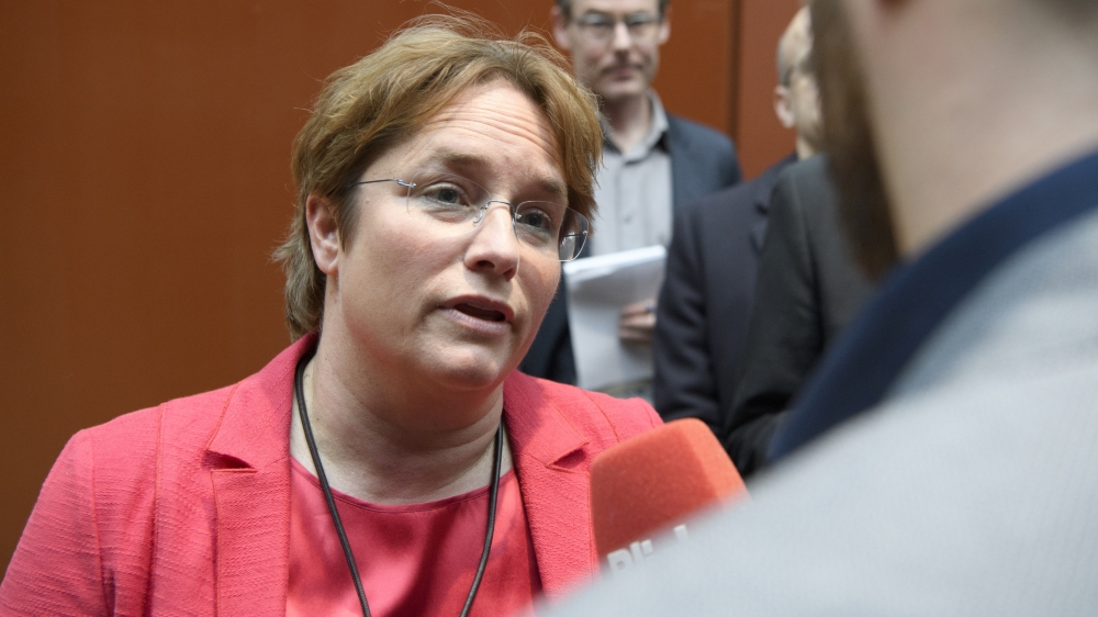 Au moment même où son père renonce à toute fonction officielle au sein de l'UDC, Magdalena Martullo-Blocher sera portée, aujourd'hui, à la vice-présidence du parti.