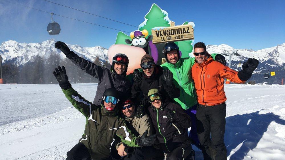 Ce groupe d'amis a participé au concours organisé par «Le Nouvelliste», avec à la clé des abonnements annuels de ski à gagner.
