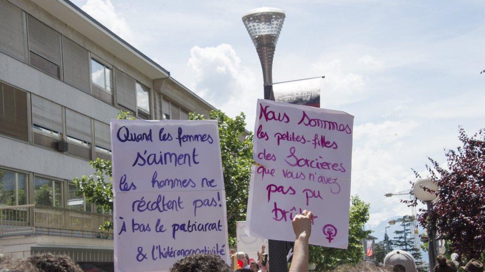 En 2015, Alpagai a participé à l'organisation de la Pride à Sion.