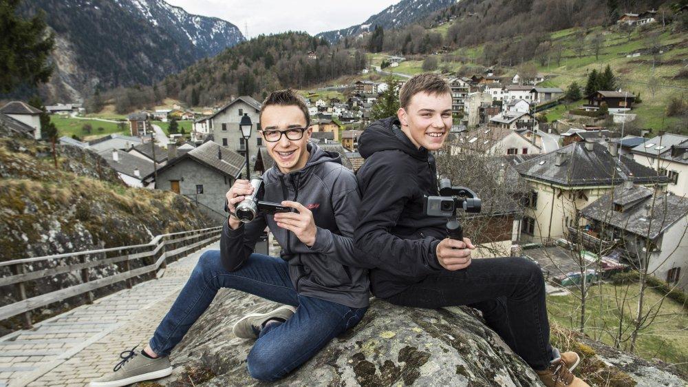 Mathias (15 ans) et Yannick (13 ans) seront coachés par Nicolas Falquet pour professionnaliser leurs productions sur la vallée du Trient.