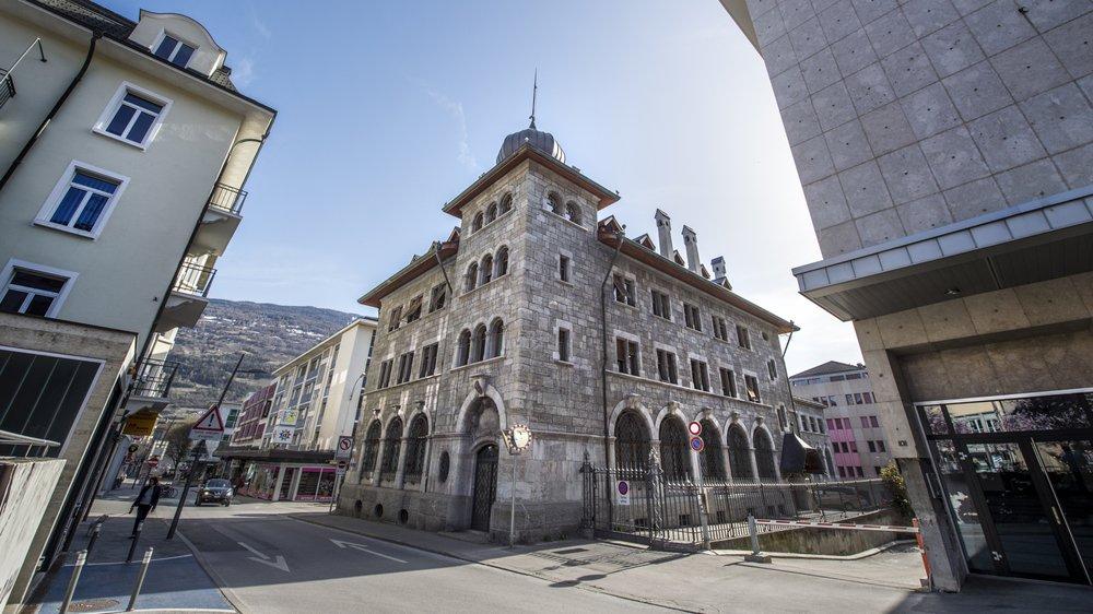 Qui sera le No 2 du Ministère public valaisan au No 9 de la rue des Vergers à Sion? Le Parlement a le choix entre quatre noms. Un cas rare pour une élection dans le monde judiciaire valaisan.