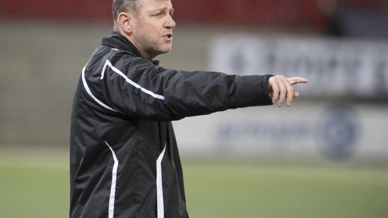 Stéphane Henchoz  dirigera le FC Sion la saison prochaine.