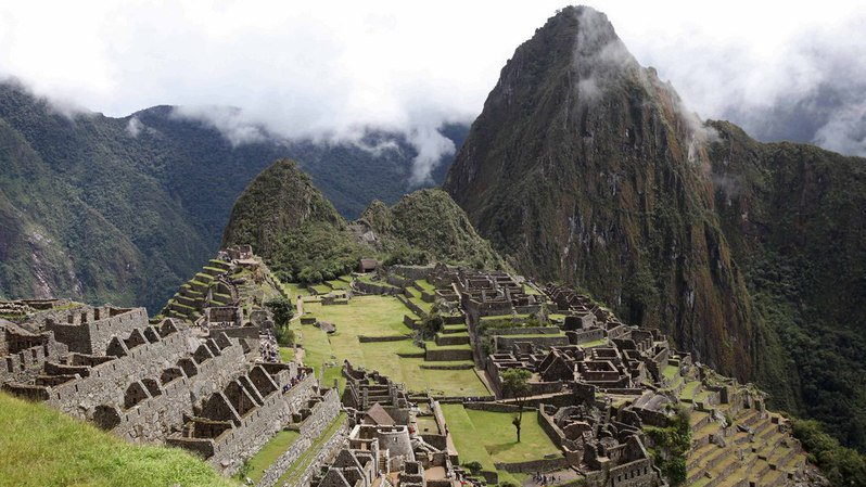 Pérou: trois Européens, dont un Suisse, expulsés du Machu Picchu pour avoir montré leurs fesses