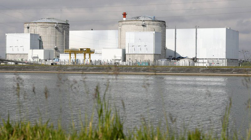 Nucléaire: à l'arrêt, le réacteur n°2 de Fessenheim va reprendre du service en France voisine