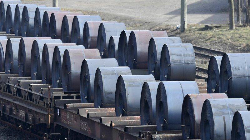 Les taxes douanières de Trump sur l'acier et l'aluminium auront un effet limité en Suisse