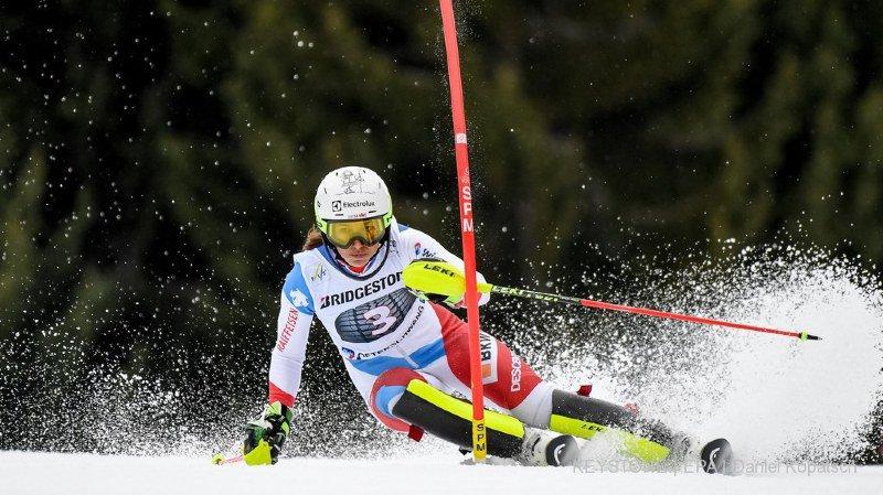 Wendy Holdener n'échoue qu'à 9 petits centièmes d'une première victoire en slalom cette saison.