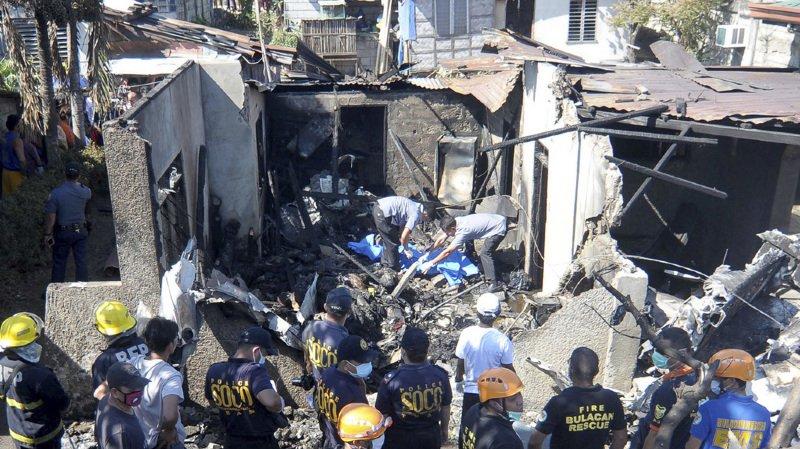Philippines: un avion de tourisme s'écrase sur une maison, au moins dix morts