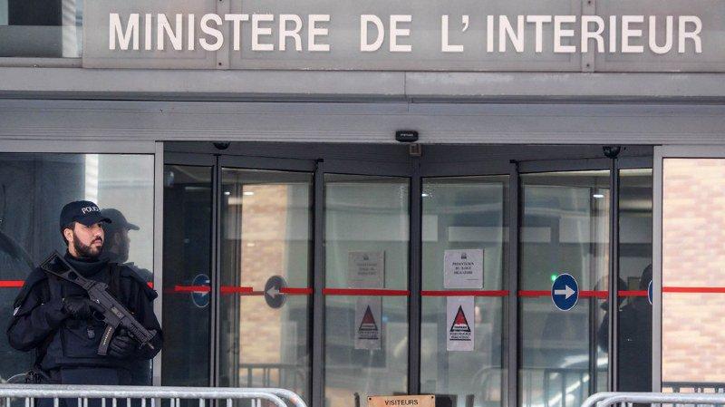 France: deuxième jour de garde à vue pour Nicolas Sarkozy