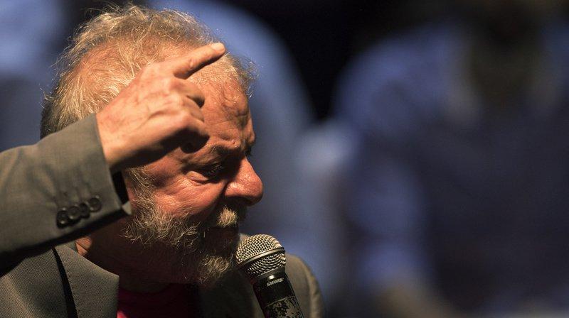 Brésil: feu vert à l'incarcération de l'ex-président brésilien Lula
