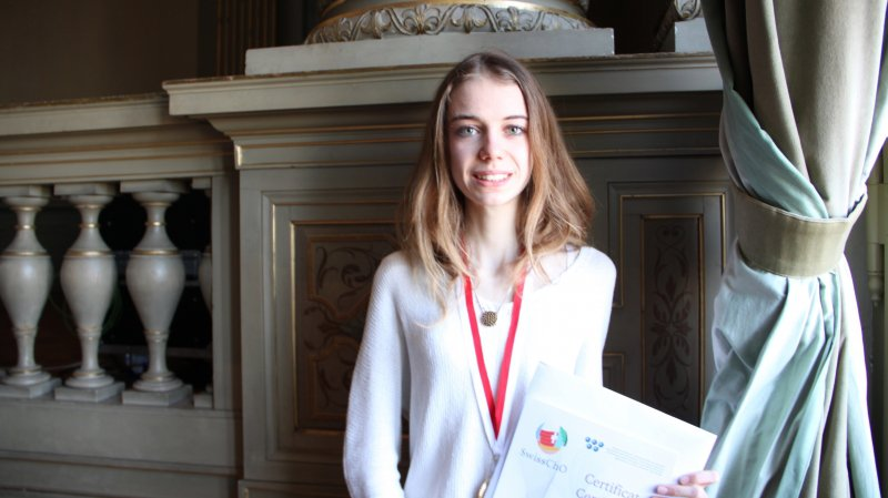 Carole Zermatten a remporté l'une des quatre médailles d'or des Olympiades de chimie.