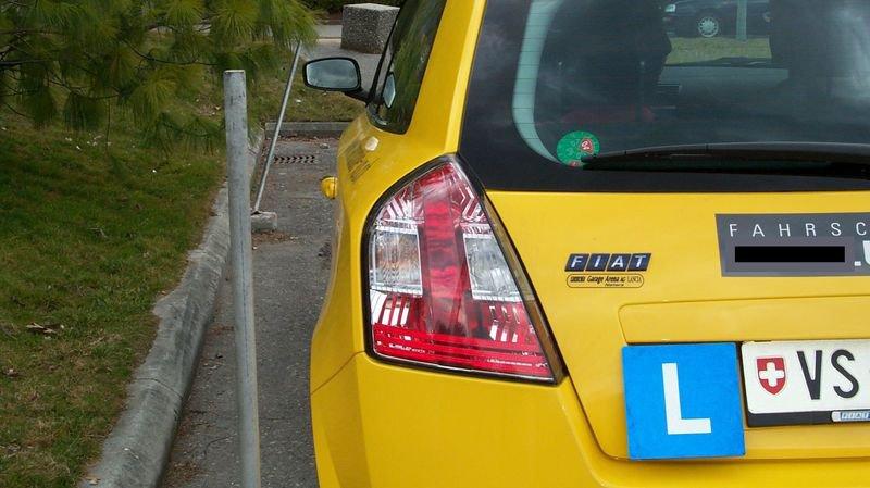 Un soupçon d'entente sur les prix dans les auto-écoles du Haut-Valais a mené à l'ouverture d'une enquête.