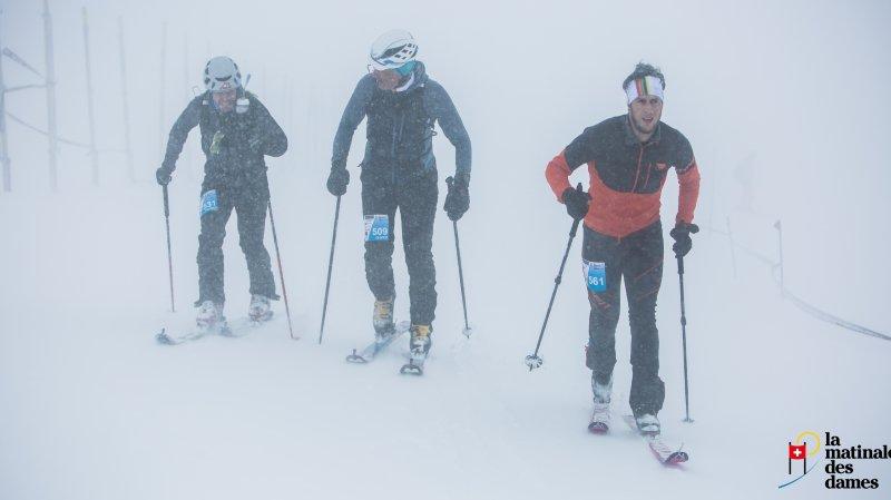Le vent, le brouillard et la neige étaient au rendez-vous pour la première Matinale des Dames samedi.