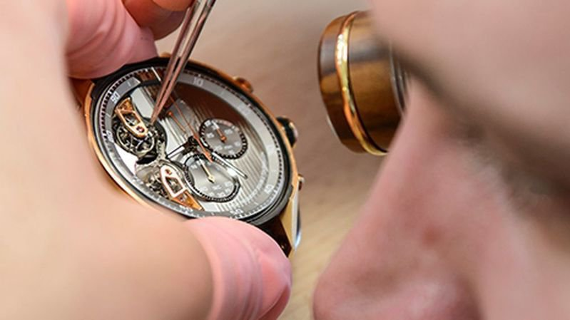 Les employés de l'horlogerie obtiennent une importante augmentation salariale en Valais.