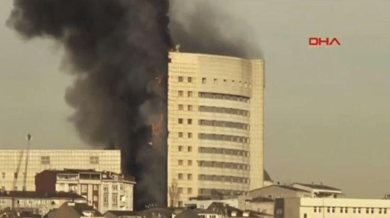 Turquie: un hôpital d'Istanbul ravagé par les flammes