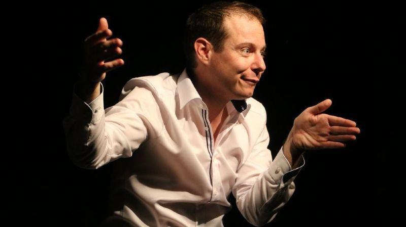 Jacques Métrailler se languissait de la scène. Le comique de Nendaz est de retour dès jeudi au Teatro Comico de Sion puis au Lapin Vert à Haute-Nendaz.