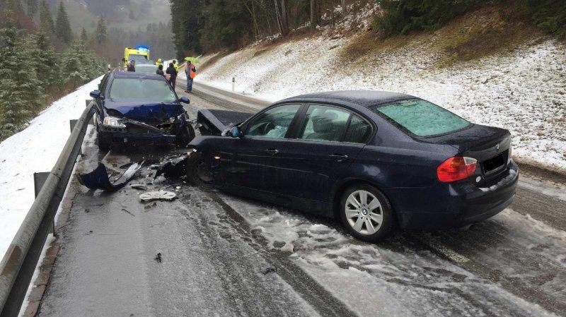 Fribourg: un accident de la route fait cinq blessés entre Planfayon et le Lac Noir