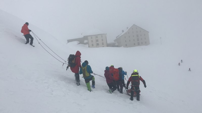 La météo a rendu le sauvetage difficile, samedi, non loin de l'hospice du Grand-Saint-Bernard.