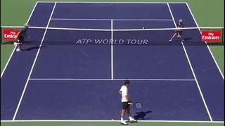 Tennis - Indian Wells: Federer fait courir les ramasseurs de balle