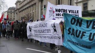 Genève: 2000 personnes manifestent pour une ville ouverte à tous