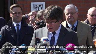 L'ancien président catalan Carles Puidgemont est sorti de prison