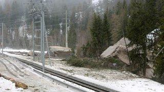 Saint-Nicolas: éboulement d'envergure et ligne de train coupée