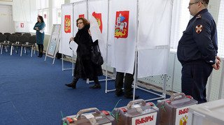 Présidentielle russe: participation au scrutin de 34,72% à la mi-journée