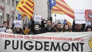 Allemagne: des centaines de manifestants réclament la libération de Puigdemont