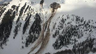 Peu d'espoir de retrouver  des survivants sous l'avalanche
