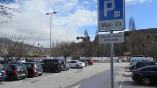 Parcage limité pour éviter les voitures ventouses