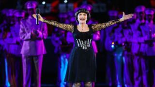 Musique: Mireille Mathieu nommée ambassadrice de la langue russe