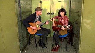 """Meimuna, avant le Zermatt Unplugged, dans la """"Monte-charge Session"""" du Nouvelliste avec son titre """"Rossinante"""""""