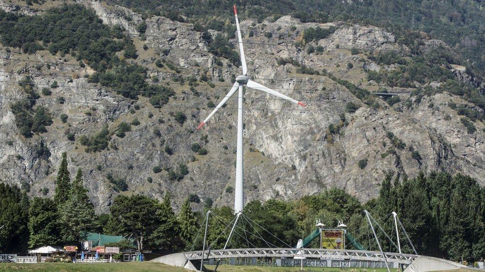 Le Bas-Valais compte actuellement trois éoliennes, dont celle du restoroute à Martigny.