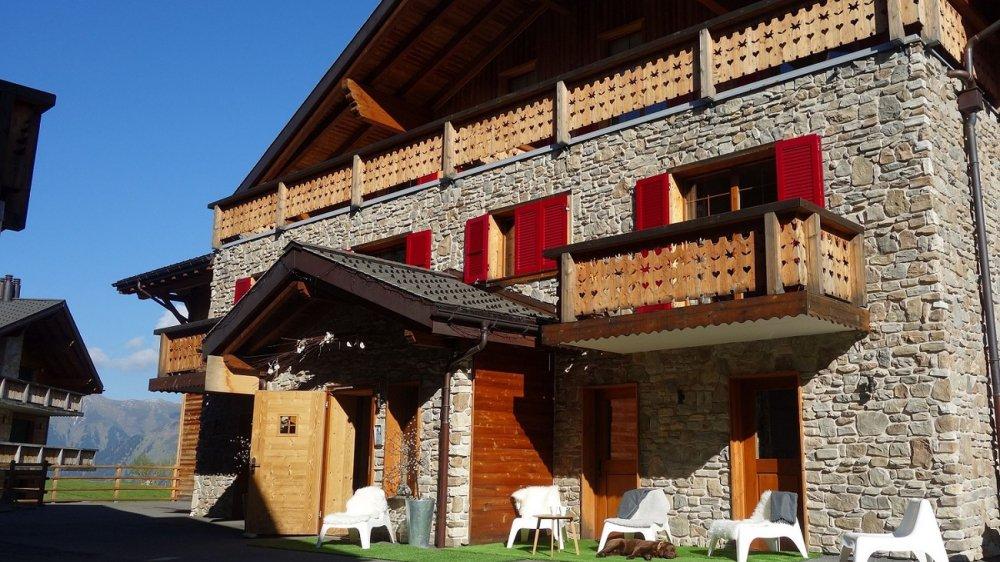 L'hôtel L'Etable aux Crosets rouvrira pour la saison estivale le 8juin prochain.