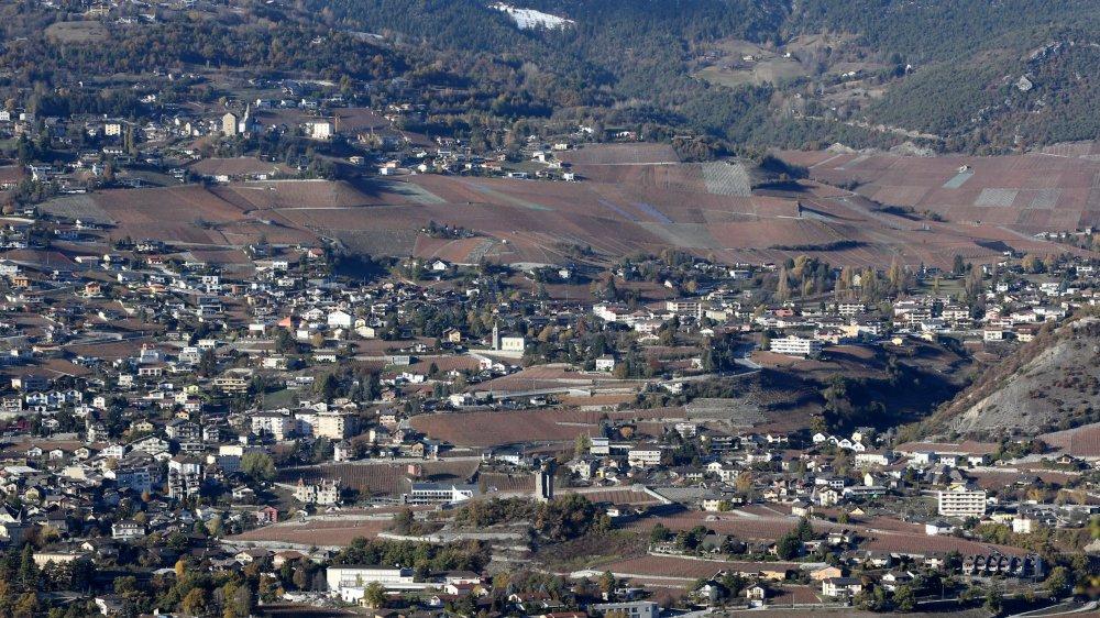 L'application de la LAT en cas de fusion de Miège, Veyras et Venthône ferait perdre des zones à bâtir à Veyras.