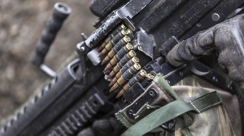 Le Groupe pour une Suisse sans armée (GSsA) a récolté plus de 120'000 signatures pour son initiative contre le commerce de guerre.