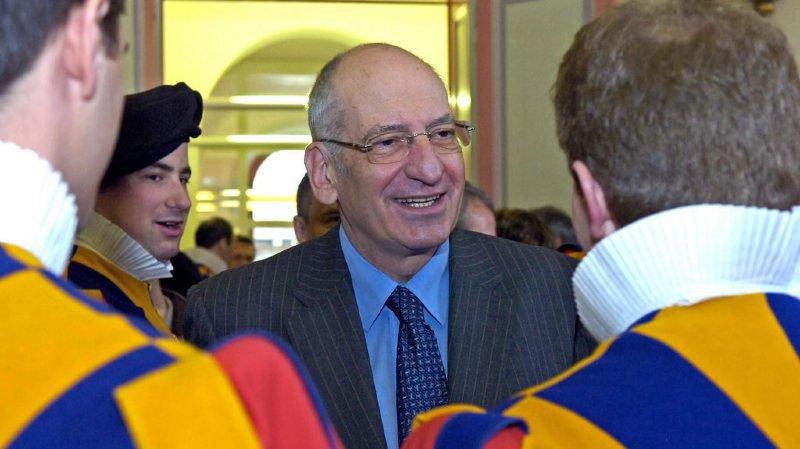 Garde suisse pontificale: Pascal Couchepin remplacé par Ruth Metzler