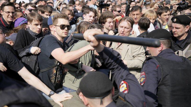Russie: le leader d'opposition Alexeï Navalany et plusieurs manifestants anti-Poutine arrêtés
