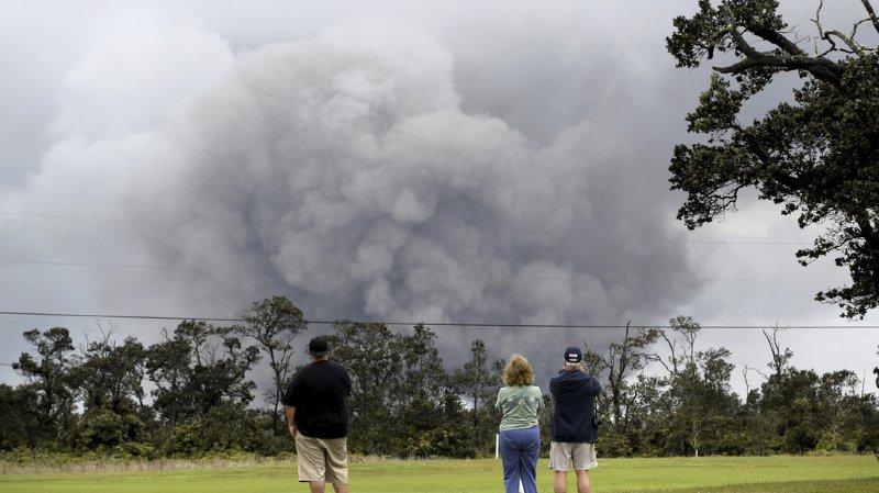 Hawaï: explosion sur le volcan Kilauea, les habitants appelés à s'abriter